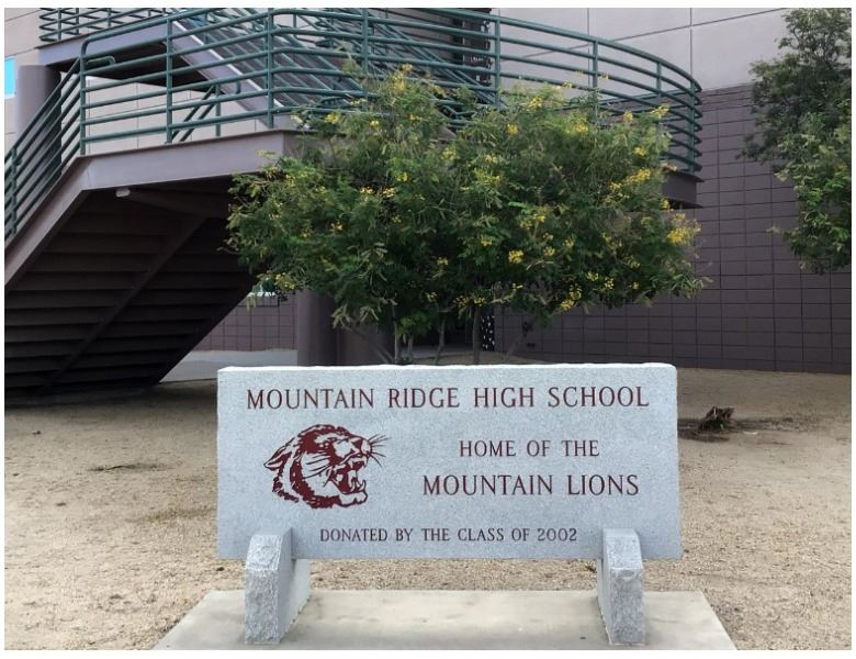 mrhs concrete welcome sign